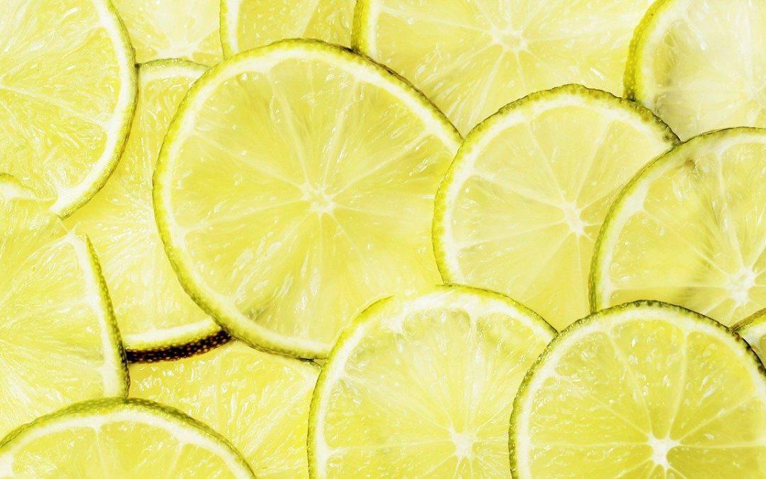 Citrons coupés en tranche
