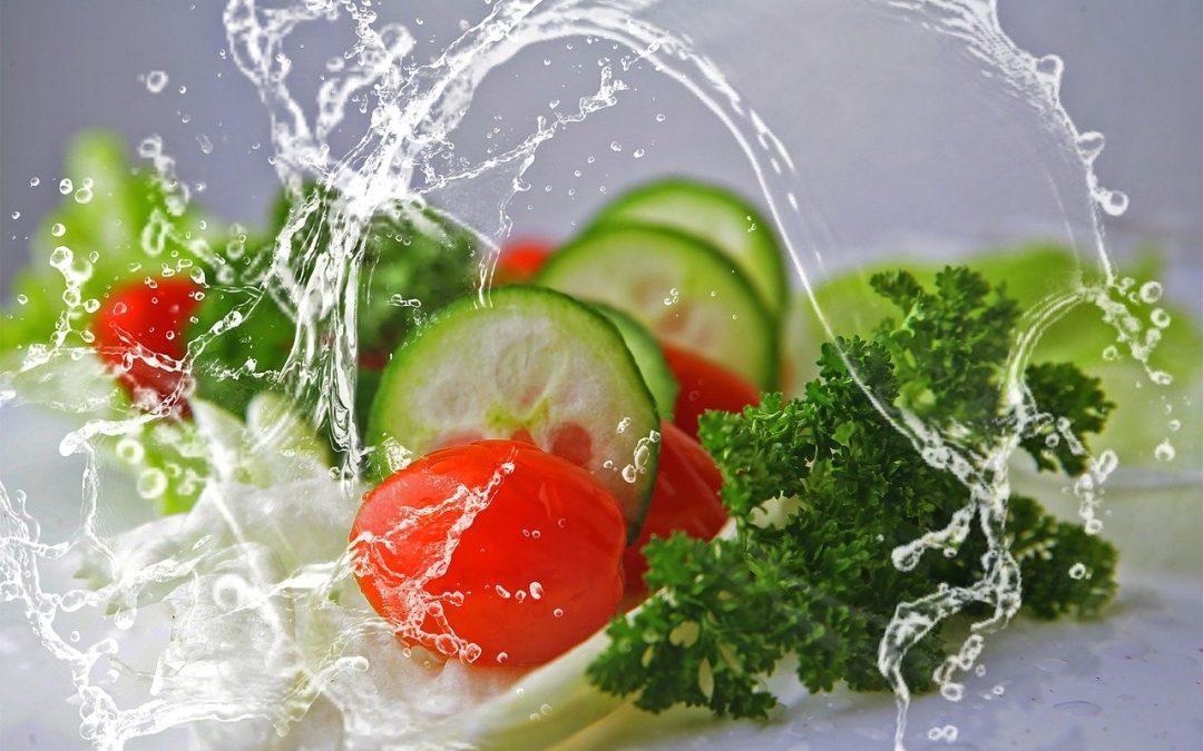 légumes bio et eau