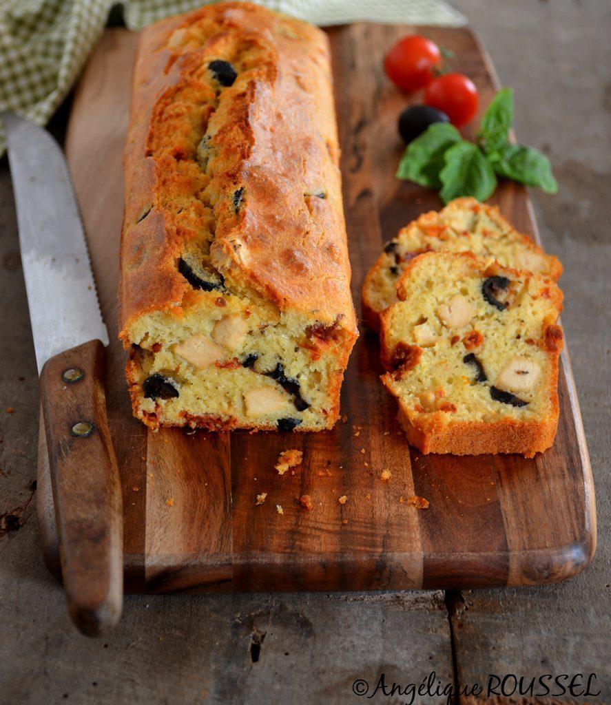 cake provencal sur planche