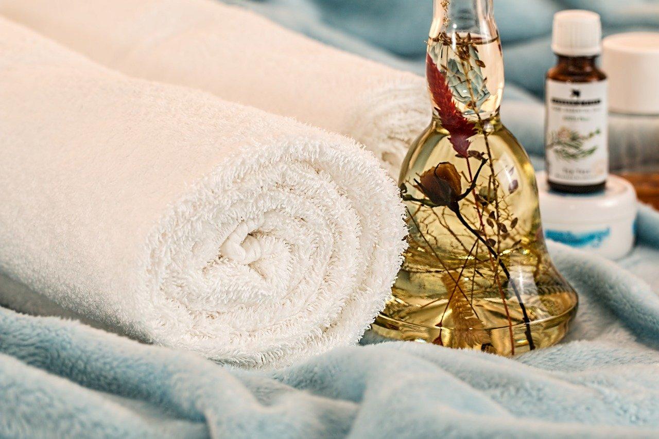 huile essentielle au bois de rose aromathérapie